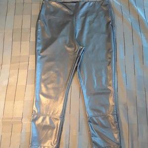Lysse vegan leather ankle leggings size XL